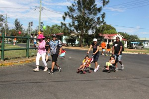 Cr. Kathy Duff – in pink hat – finishing the Fun Run